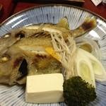 篠乃路 - 地魚(忘れました)の蒸し物