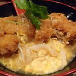 山本炭焼店 - 鶏カツ丼