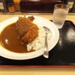 松乃家 - 大盛ロースかつカレー600円