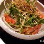 1884286 - 水菜とカリカリじゃこの豆腐サラダ//¥500