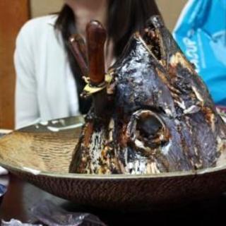 くろば亭 - 料理写真:鮪のカブト焼き
