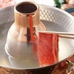 あづま - 料理写真:人気の黒豚しゃぶしゃぶ食べ飲み放題¥5250
