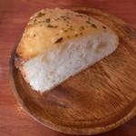 18848504 - 201304ランチ パン