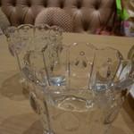 ベビー モンシェール カフェ - お水のグラスも可愛い