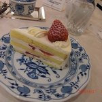 マイセンティーサロン - いちごのショートケーキ