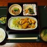 めし屋 里 - 日替わり定食(750円)