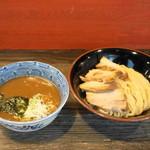 麺心 國もと - 2013.5 チャーシューつけめん(980円)