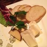 カーヴ 隠れや - チーズ盛り合わせ