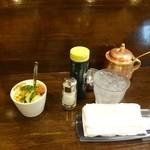 18862408 - 布おしぼりとランチセットのサラダ
