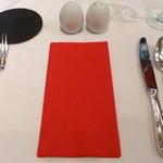 ラ・メール・プラール - テーブルセッティング