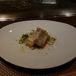 朱藏 - 太刀魚のソテーパン粉載せ、きのこソース