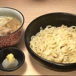 小麦と肉 桃の木 - つけ麺 こってり醤油味