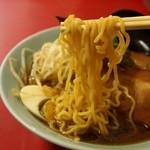 中華 ひるね - チャーシューメンの麺