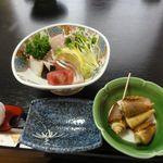 すし鮮 - 新鮮なお刺身