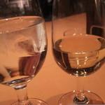 レストラン&バー ガスライト - 水とワイン