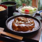 京乃ちりめん山椒 毬りん - オリジナル定食 鉄板カレーつくね定食