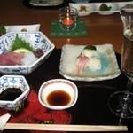 海椿葉山 - 食前酒のシャンパン、造り、手毬寿司