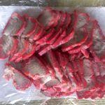 イノウエ肉店 - 料理写真:この赤がいいのです!