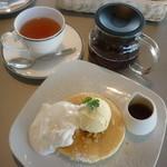 からふね屋珈琲店  - パンケーキと紅茶