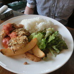 ジローナ - 日替わりの若鶏の香草パン粉焼プレートはラストワンでした