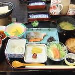 あば温泉・あば交流館 - 料理写真:2食付きプランの朝食