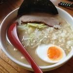 麺創宮本 - 白そば680円