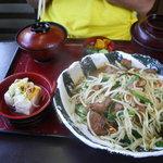 丸光亭 - レバニラ炒め定食