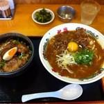 18902389 - 徳島ラーメンと焼豚丼のセット+生玉子