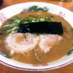 秀ちゃん - ラーメン(カタ麺)