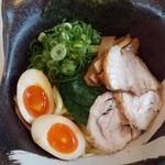 麺屋 夢人 - 夢人つけ麺~♪(^o^)丿 チャーシューは、豚バラ肉と鶏肉の2種類!(・。・;