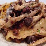 プリンチピオ - パッパルデッレ いろいろ肉と茸のラグー