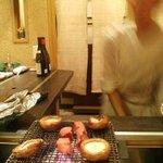 備長炭ステーキ炉 Sakai - 焼風景