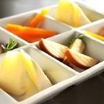 ヴォストーク カフェ - ◆豊富な種類で楽しめるチーズプレート◆