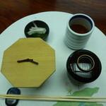日本料理 竹善 - 豆ごはん 赤だし 香の物