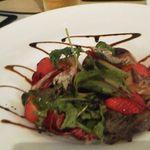 18915622 - 苺とフォアグラのサラダ!