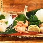 """貝、磯料理 海然 - 活貝は注文を受けてからさばきます """"海然盛り"""""""