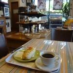 麦2 - 2013/5  レモンとクリームチーズ、ホットコーヒー