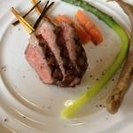 18921161 - 長崎和牛のサーロインステーキ!蕎麦粉で包んでるゴボウもナイスでした。