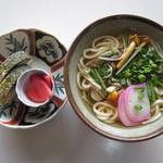 ヴィラ山水 - 料理写真:鯖街道で有名な「みうら」さんのサバ寿司が付いたセット。琵琶湖の天然アユそばも!