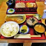 中清 - サバの味噌煮定食