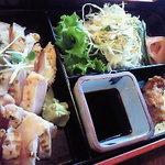 ちきんはうす - 新鮮な胸肉を焙りました さしみ定食 1000円 10食限り