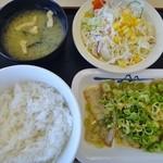 松屋 - ネギ塩豚カルビ定食