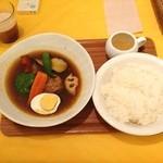 ママロ - スープカレーランチ♡  目ぇ、覚める辛さっ(≧∇≦)