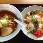 中華料理 福沢 - 料理写真:ランチ(中華飯+ラーメンセット)680円