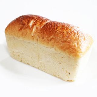 樸木 - 料理写真:食パン (315円) '13 4月中旬