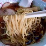 北海道ラーメン 特一番 - 麺