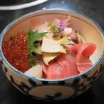 割烹 中むら - 2013.5 極上海鮮丼(3,990円)