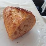 ラー・エ・ミクニ - ホクホクさくさくパン