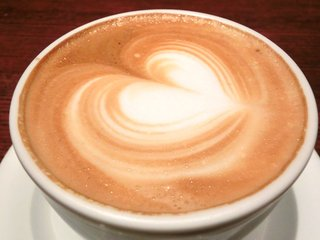 ig cafe - <'13/05/11撮影>ケーキセット 930円 のカプチーノ