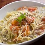 BAR Bress - 絶妙な味のハーモニー「トマトとツナのパスタ」